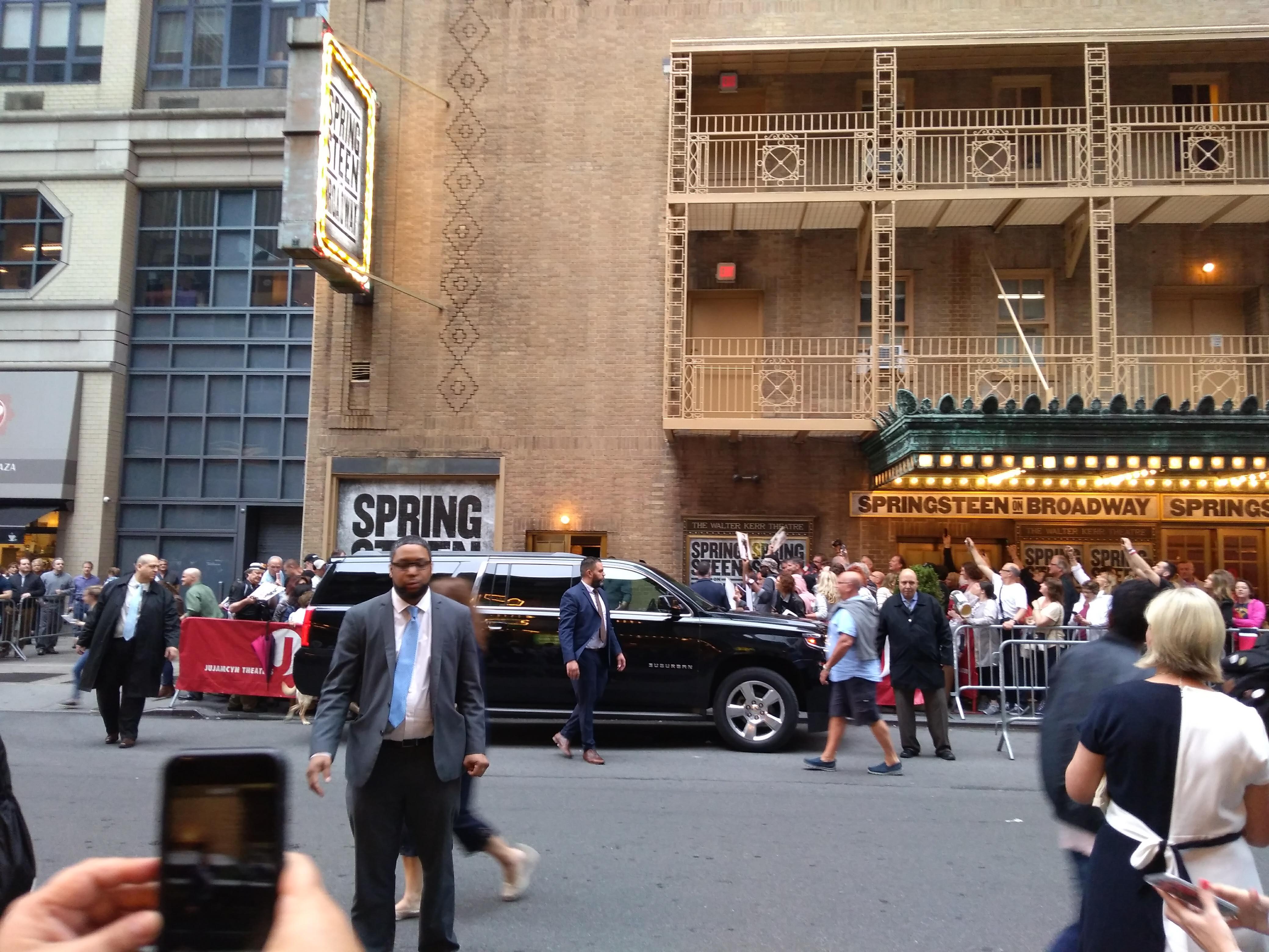 Bruce Springsteen, Read Read Read, Los Angeles, un'attrice e.. la vita è una festa